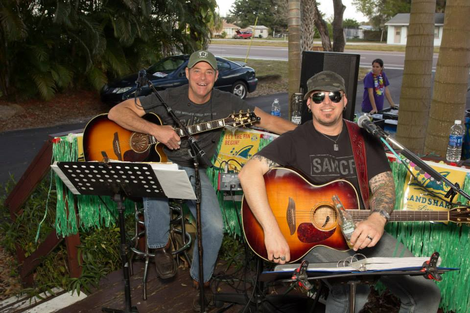 Live music at Peace River Seafood restaurant in Punta Gorda FL